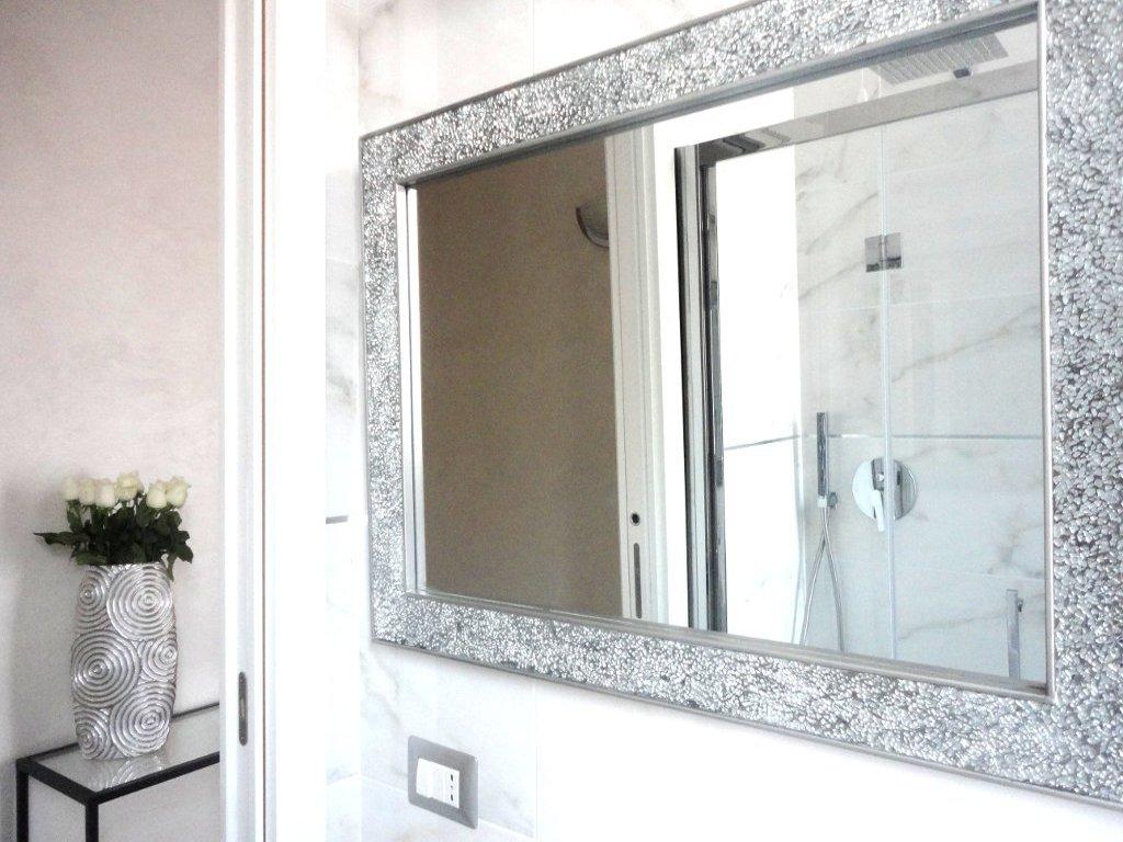 camera-bagno-bathroom-ampia-doccia-comfortable-shower-douche
